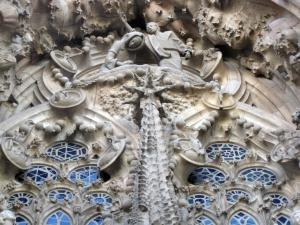 004_Sagrada_Família_porta_de_la_Caritat,_l'Anunciació